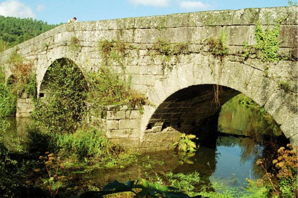 Imagem do Início do séc. XX da Ponte de Fundo de Rua