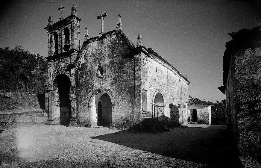 Imagem do início do séc. XX da Igreja de São João Batista de Gatão
