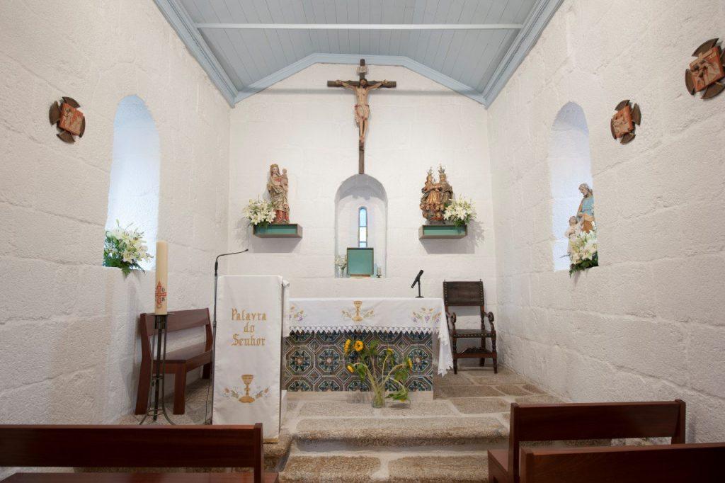 Altar-mor, interior da Igreja de Santa Maria de Jazente