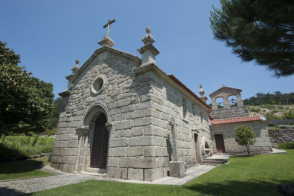 Igreja do Salvador de Real, exterior