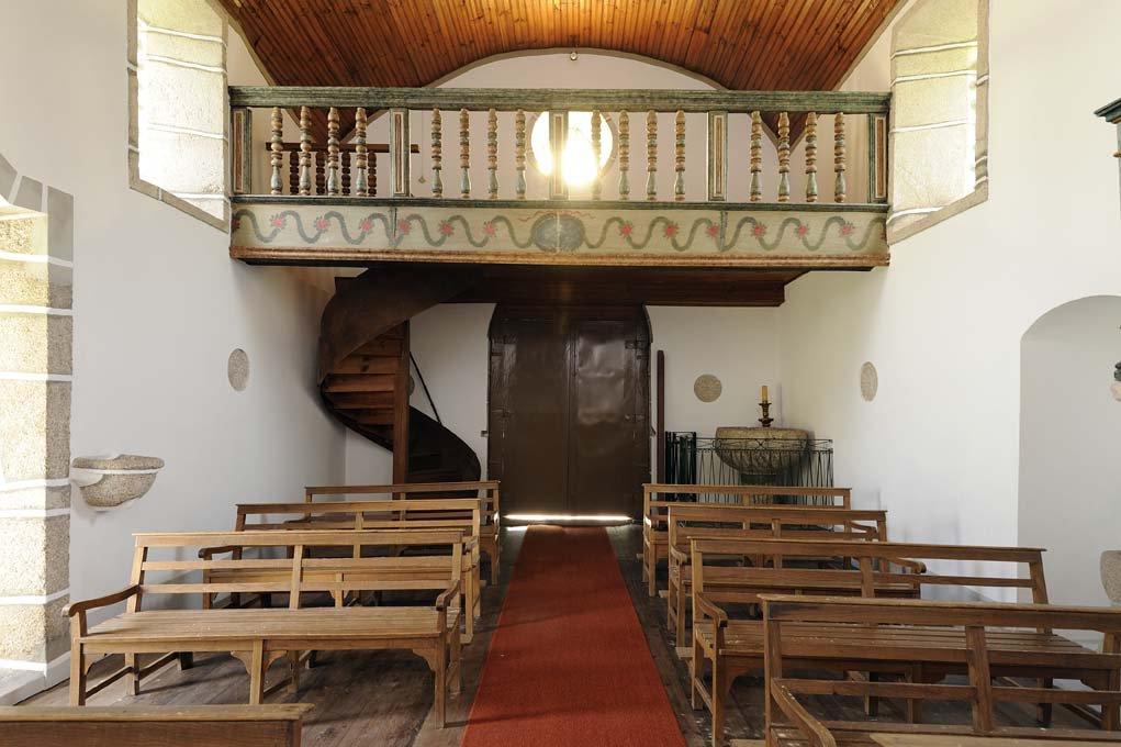 Igreja do Salvador de Real, interior nave e coro alto