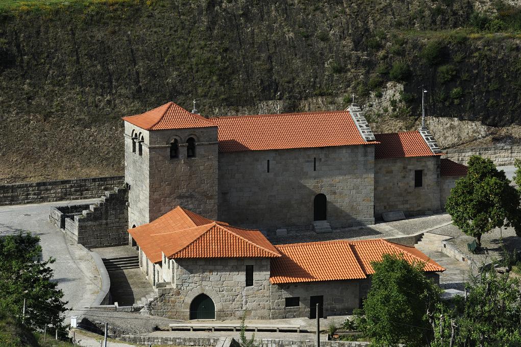 Mosteiro do Salvador de Freixo de Baixo